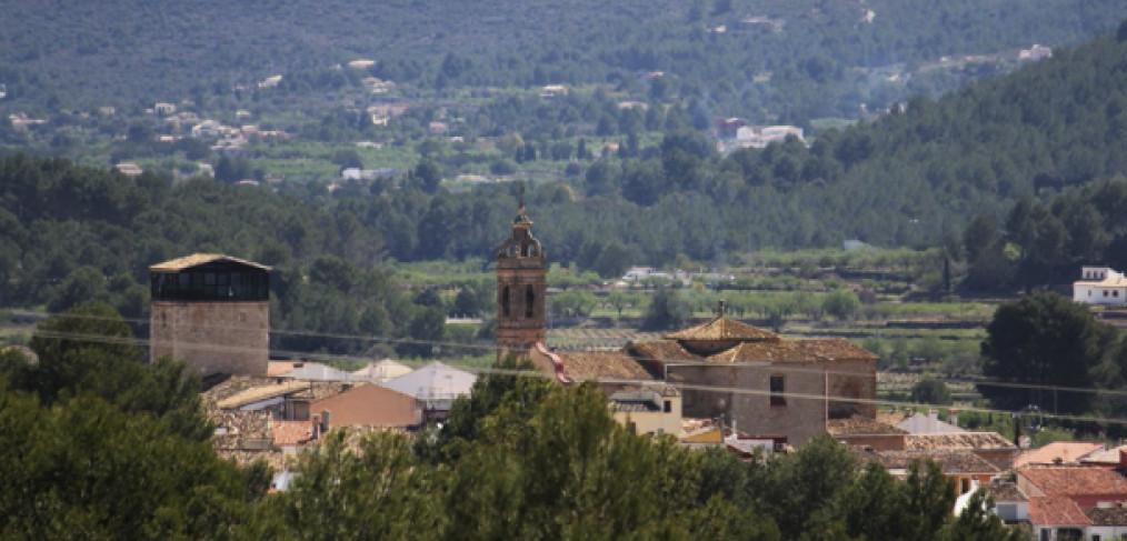 Visita Alcalalí.